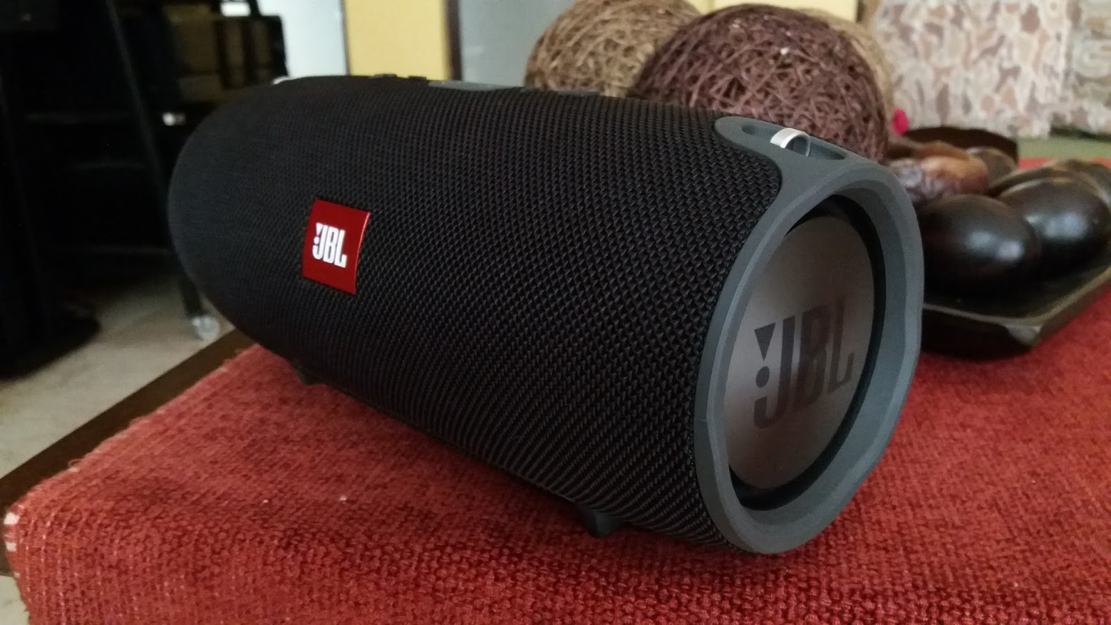 Occasions Of Joy Jbl Xtreme Portable Bluetooth Speaker Review Black Theres A Lot To Like In Such As Great All Day Battery Life With Dual External Device Charging Functionality