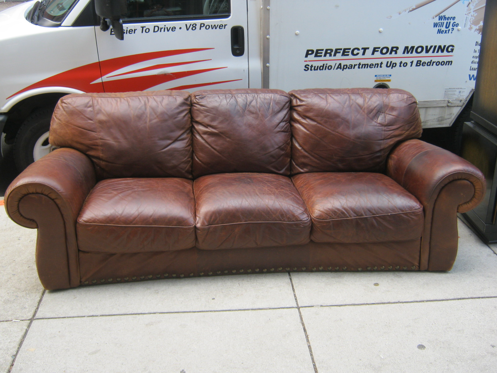 Uhuru Furniture Collectibles Distressed Natuzzi Brown
