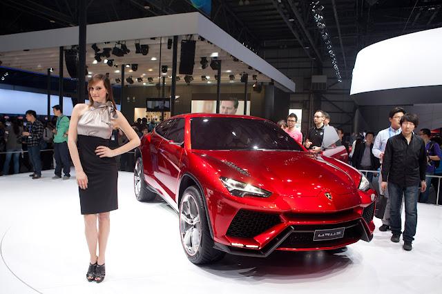 Lamborghini Urus SUV Concept front model