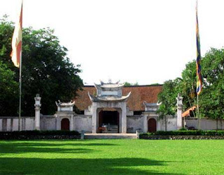 Visit the Co Loa citadel - Discovery ancient citadel in the most massive in Hanoi