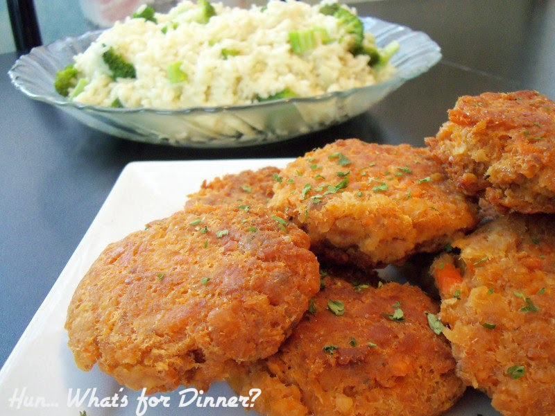 www.hunwhatsfordinner.com Salmon Patties