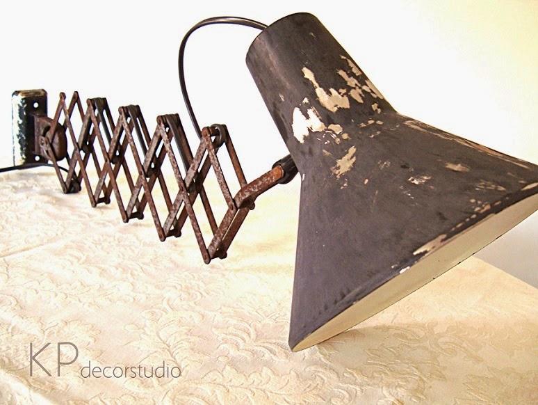 Lámparas vintage, apliques industriales extensibles y flexos antiguos online en valencia.