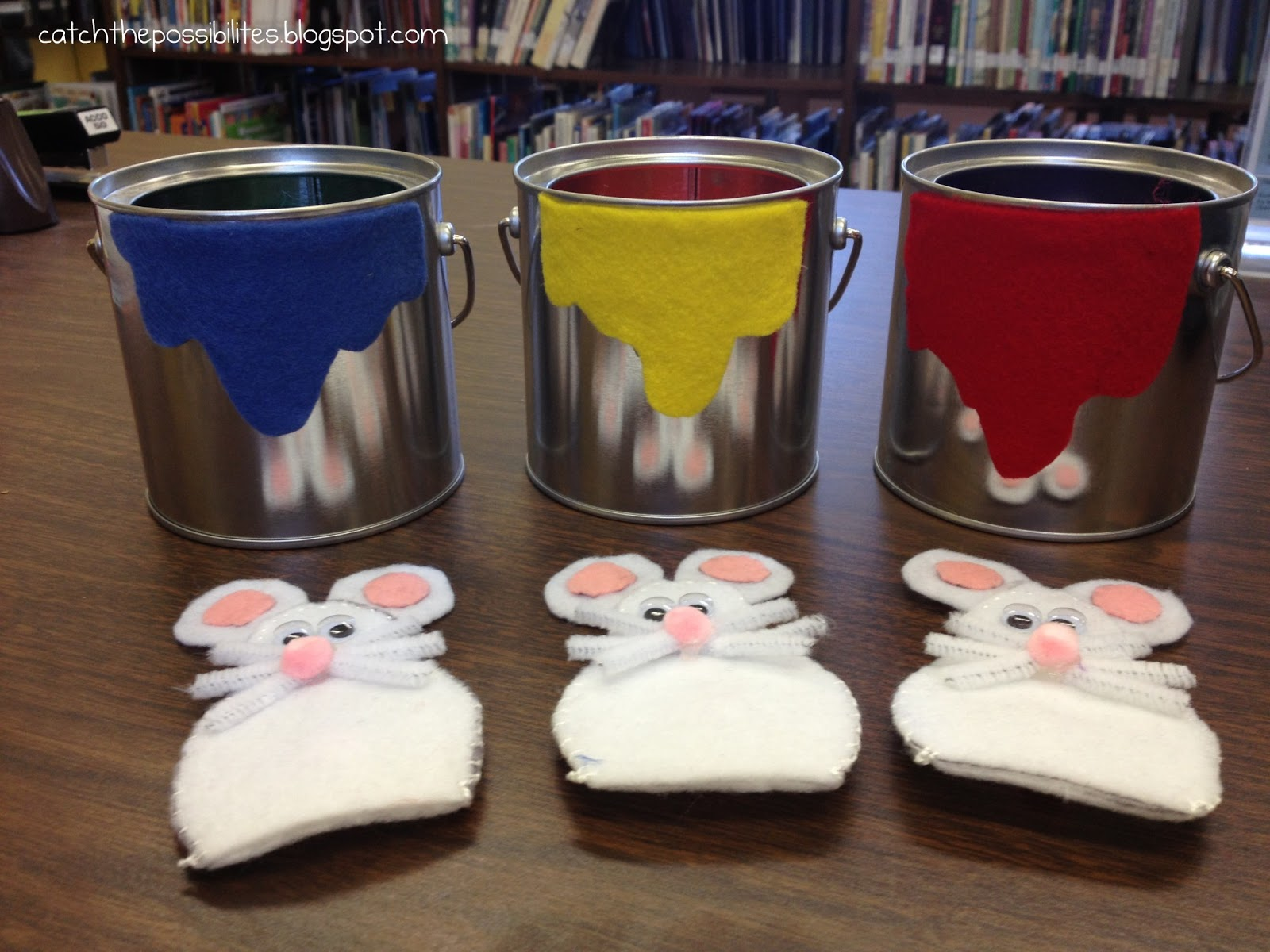 Flannel Friday & Storytime Swap: Mouse Paint - Catch the Possibilities