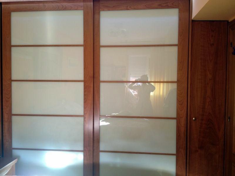 Ebanisteria carpinteria manuel perez zaragoza armario empotrado a medida con puertas - Medidas de puertas de interior ...