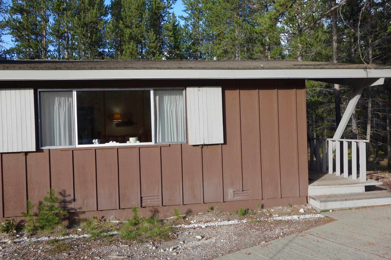 Canada vs usa h bergements for Jackson wyoming alloggio cabine