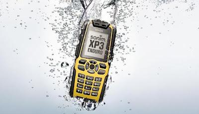 Apa yang dilakukan Jika Ponsel Terkena Air, ini Tips Jitunya