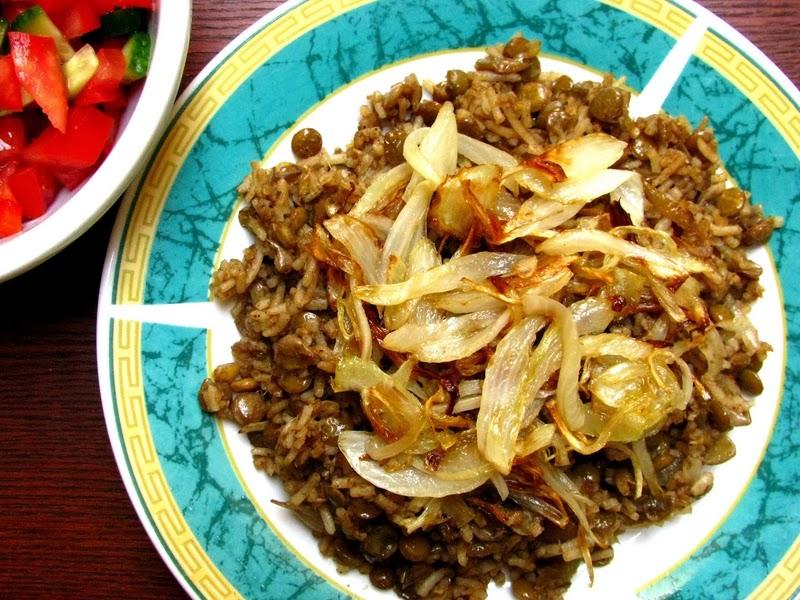 Mujadara, prato palestino à base de lentilhas e arroz