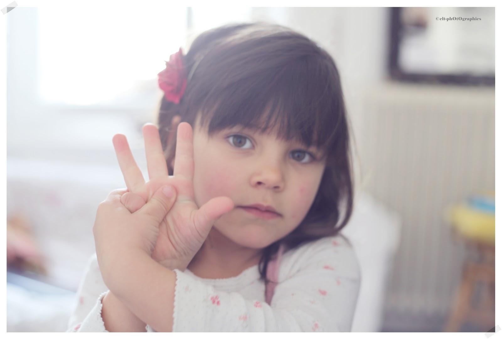 #7F524C { Petite Chambre Noire }: Violette's Day 2497 Petite Chambre Noire Instagram 1600x1081 px @ aertt.com