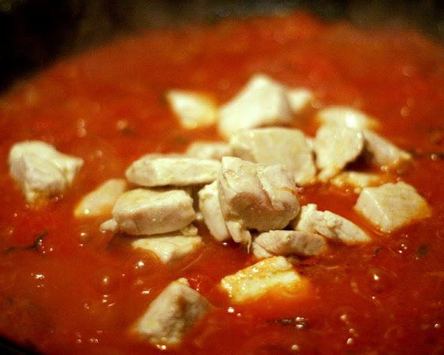 Herbie Likes Spaghetti: Tagliatelle with Fresh Tuna Ragu