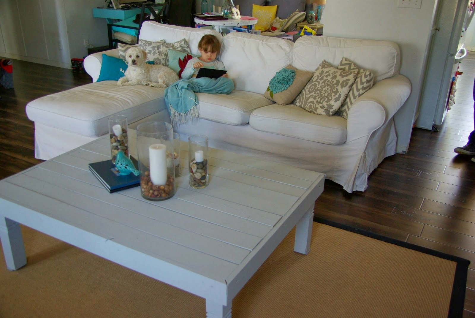 http://ourhousenowahome.blogspot.com/2014/03/coffee-table-redo.html