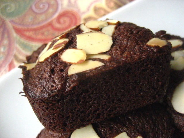 Stacey Snacks: Financiers: Individual Chocolate Almond Cakes