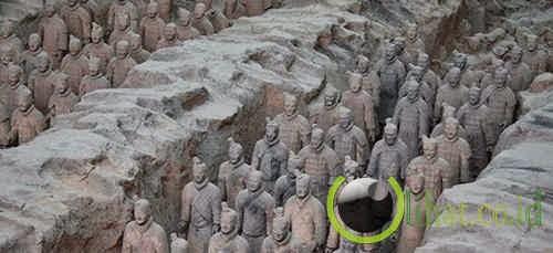 Monumen Makam Kaisar Qin Pertama, China