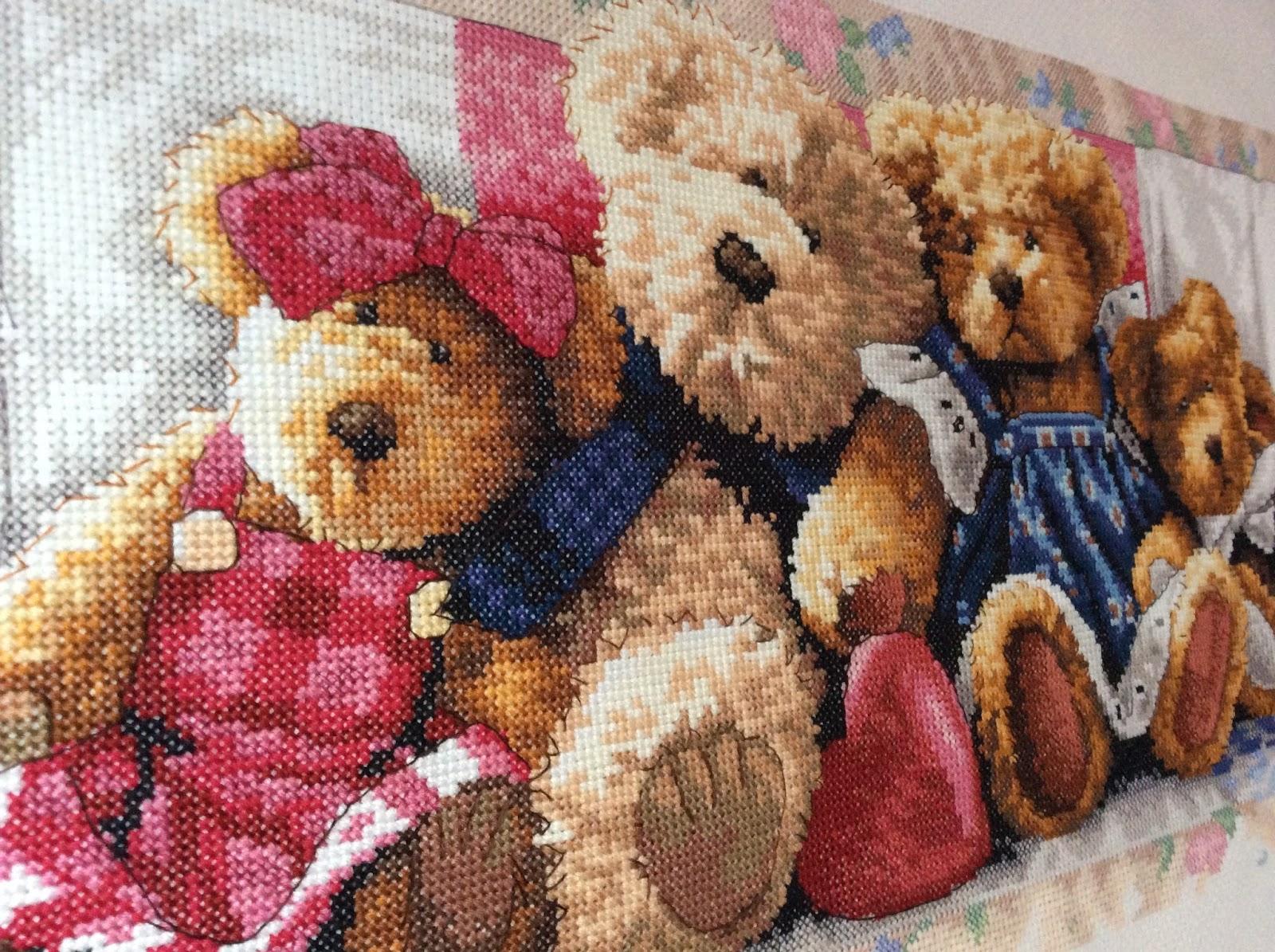 Набор вышивки с медведем