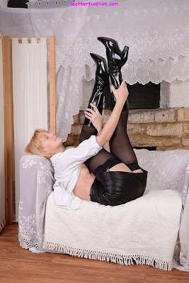 Hot Blonde MILF Stockings and Leather Boots