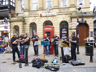 N'ukes play ukulele in Chester