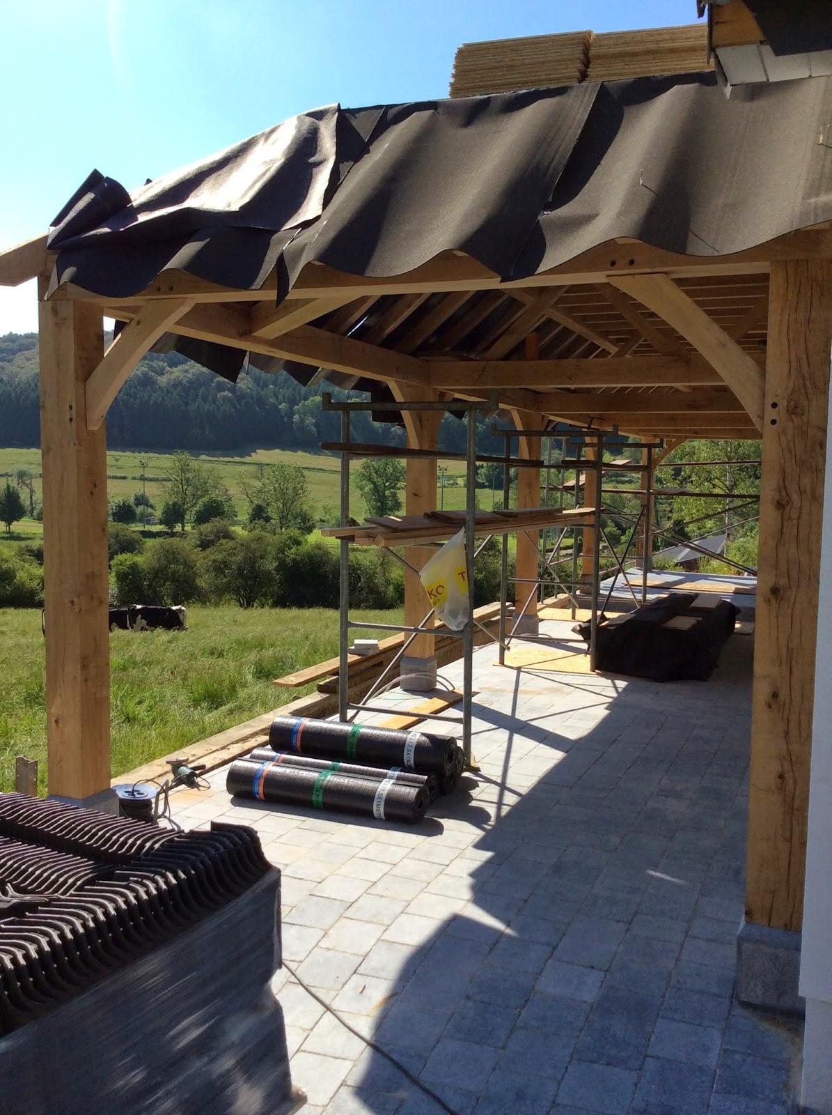Overdekt terras en carport landhuis in luxemburg for Overdekt terras model