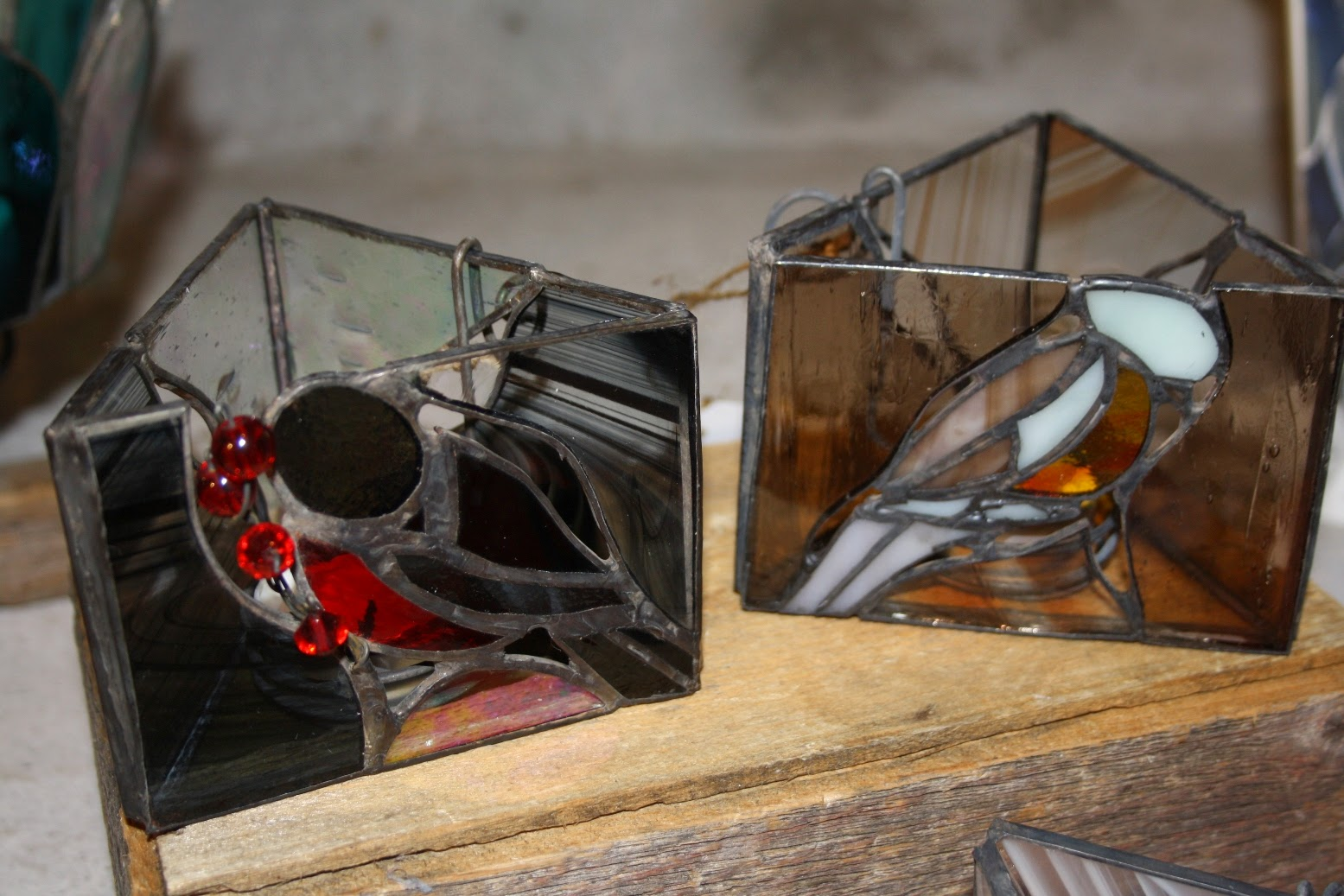 Aino Aallon suunnitteleman linoleumipintaisen pöydän konservointi