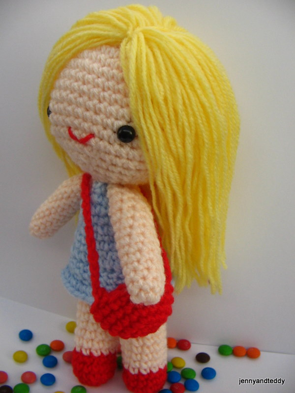 How To Make Amigurumi Dolls For Beginners : Free amigurumi pattern little girl Kate