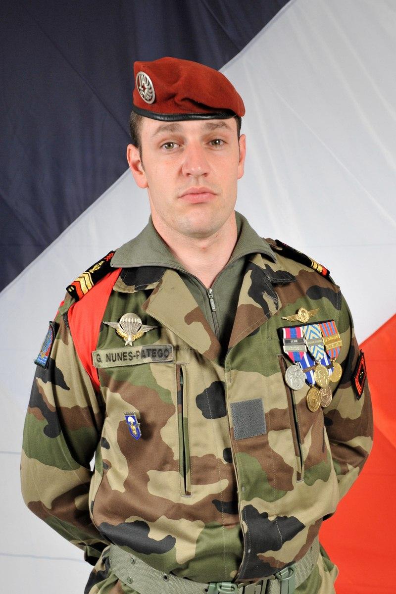 NUNES-PATEGO Guillaume 17e RGP -  59e soldat français mort au Champ d'Honneur en Afghanistan: caporal-chef Guillaume NUNES-PATEGO du 17e Régiment de Génie Parachutiste - Page 2 CCH%252520NUNES-PATEGO%25252017RGP%255B1%255D+%2528Copier%2529
