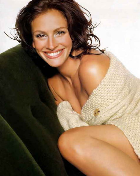 Nancy Motes and Julia Roberts http://autographvip.blogspot.com/2011/04/julia-roberts-americas-sweetheart.html