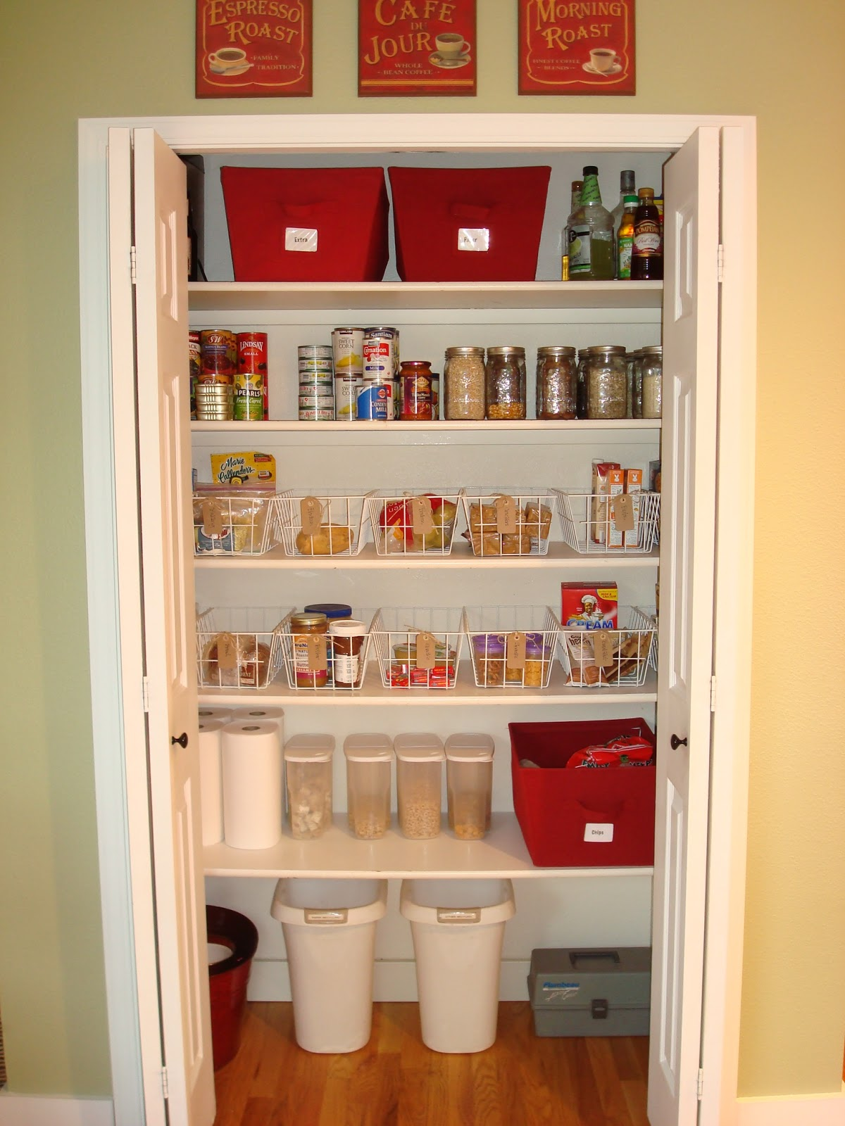 Superieur Organizing A Kitchen Pantry Closet