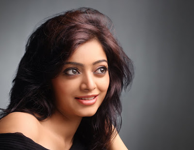Actress Janani Iyer Hot Photo Gallery