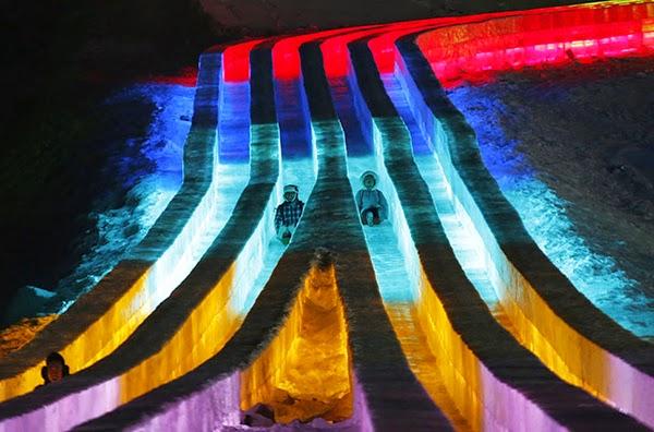 صور متميزة وساحرة من مهرجان الجليد والثلج t210.jpg