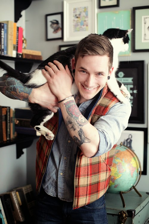 20 Most Beautiful Cat Tattoos Design & Ideas on hand wrist