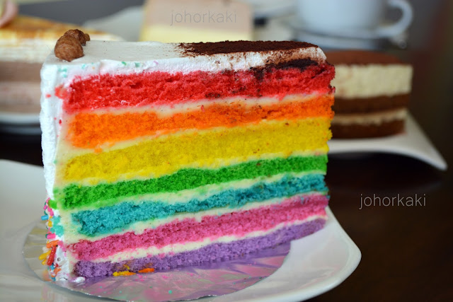 Rainbow-Sponge-Cake-J-Maison-Café-Kulai-Johor