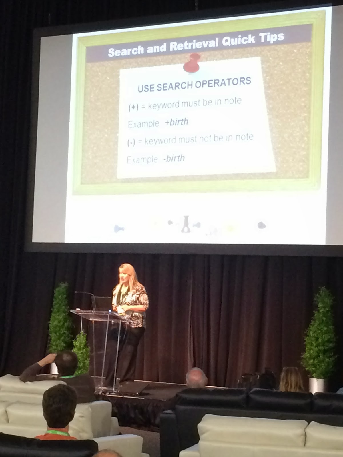 Lisa Louise Cooke on the Expo Hall Demo Stage