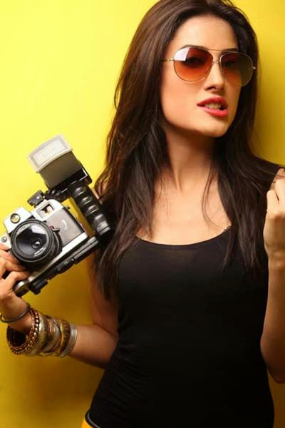 http://funkidos.com/pakistani-models-actors/mehwish-hayat-latest-pictures-collection