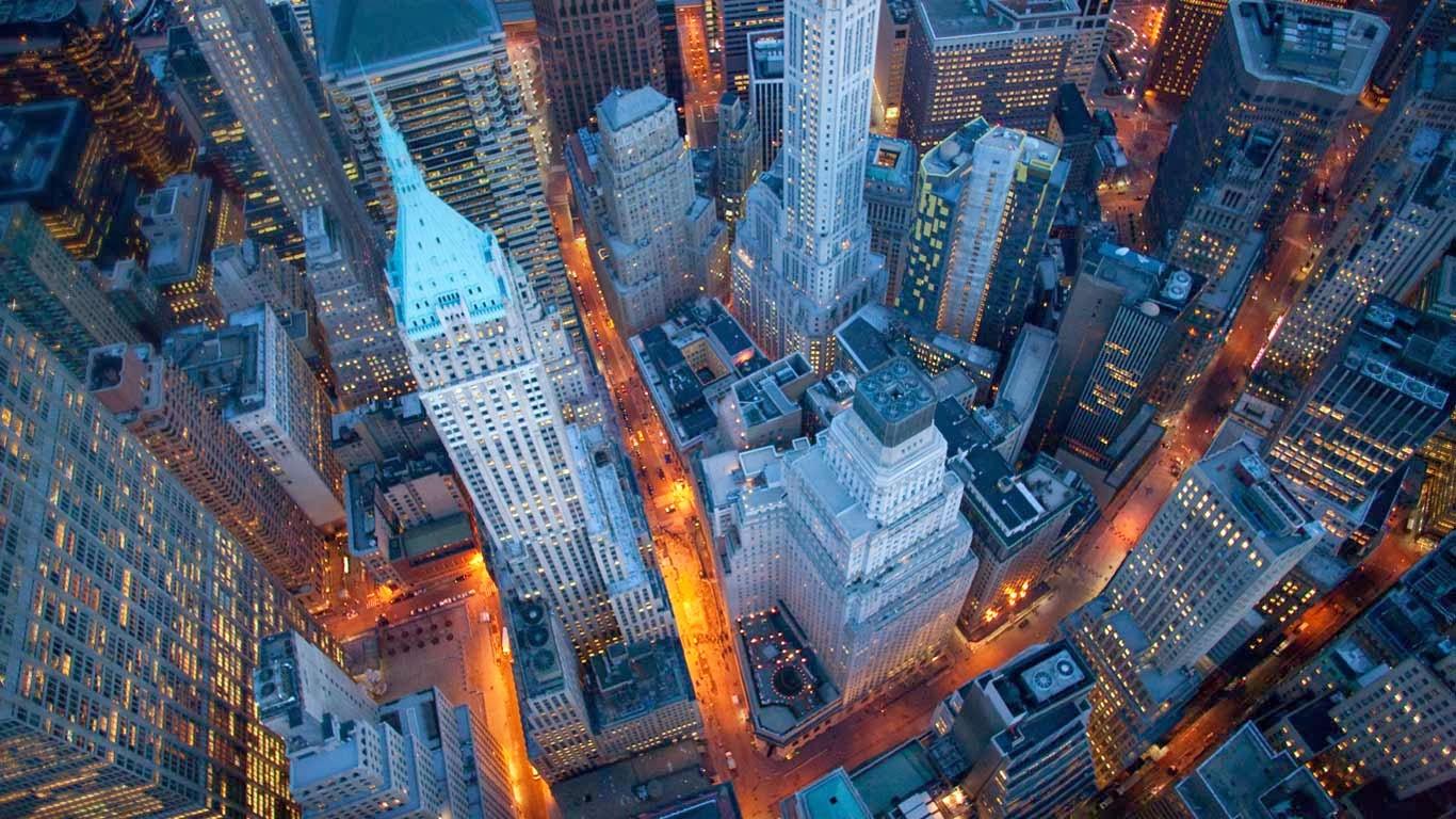 Aerial view of Wall Street, Manhattan, New York City, New York (© Cameron Davidson/Corbis) 327