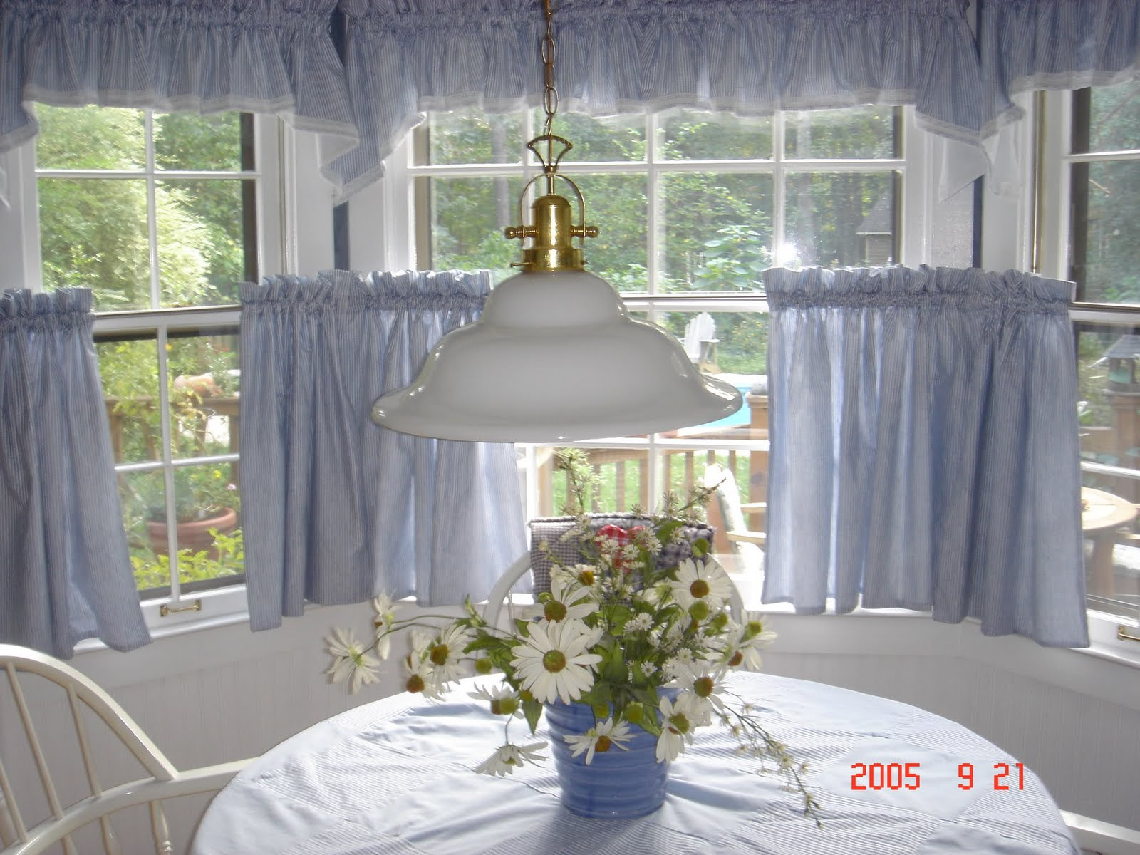 how to hang curtains, how to install curtain rods, how to hang