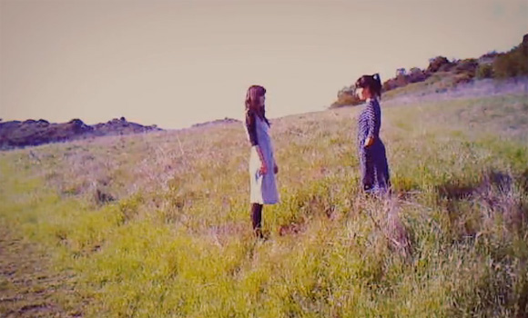 Julia Holter & Nite Jewel - What We See