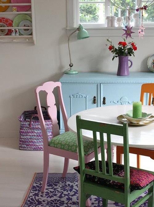 Design de interiores cadeiras coloridas for Comedor sillas de colores