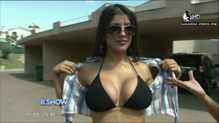 Argentina Celebrity Andrea Rincon huge breasts in black bikini HD 720 video damageinc