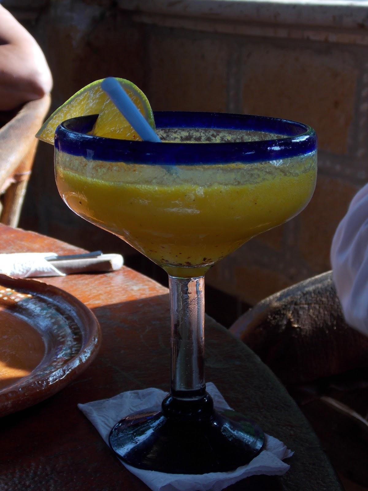 Margarita de raicilla y mango