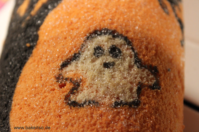 Halloween Biskuitrolle - Decorated Cake Roll - Details