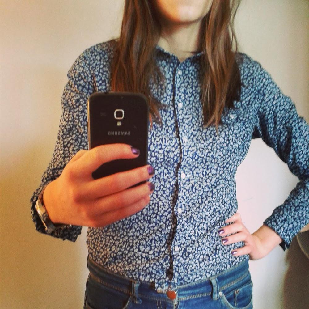 Ubraniowy niezbędnik, czyli 6 rzeczy bez których nie wyobrażam sobie swojej szafy  koszula blog moniusza