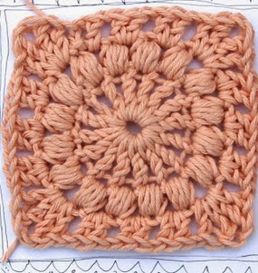 http://translate.googleusercontent.com/translate_c?depth=1&hl=es&rurl=translate.google.es&sl=en&tl=es&u=http://crejjtion.blogspot.com.es/2013/08/crochet-square-with-puff-stitch-tutorial.html&usg=ALkJrhghMXKDUws8tuZHzOuv83uS5q3_Hw