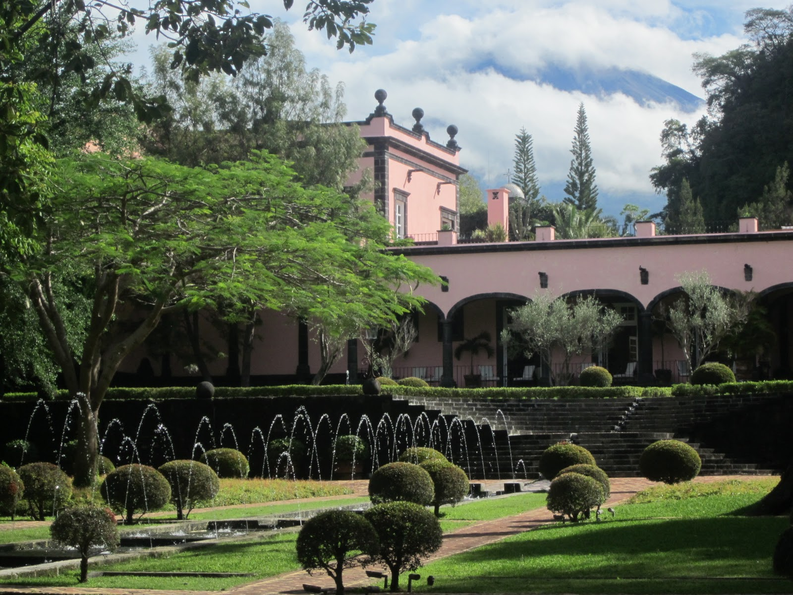Travesías por el Mundo: (Reseña) Hacienda de San Antonio, una joya ...