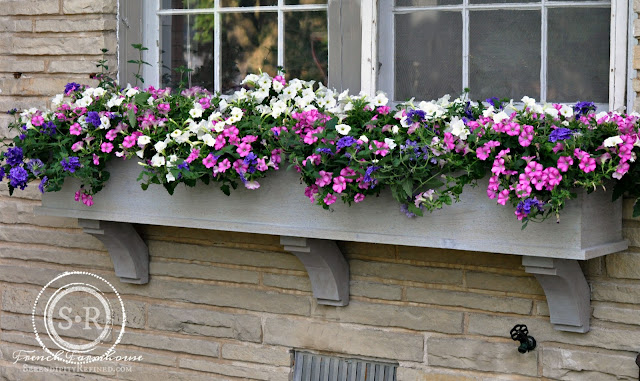 Serendipity refined blog how to build a diy rustic cedar - Flower box ideas for summer ...
