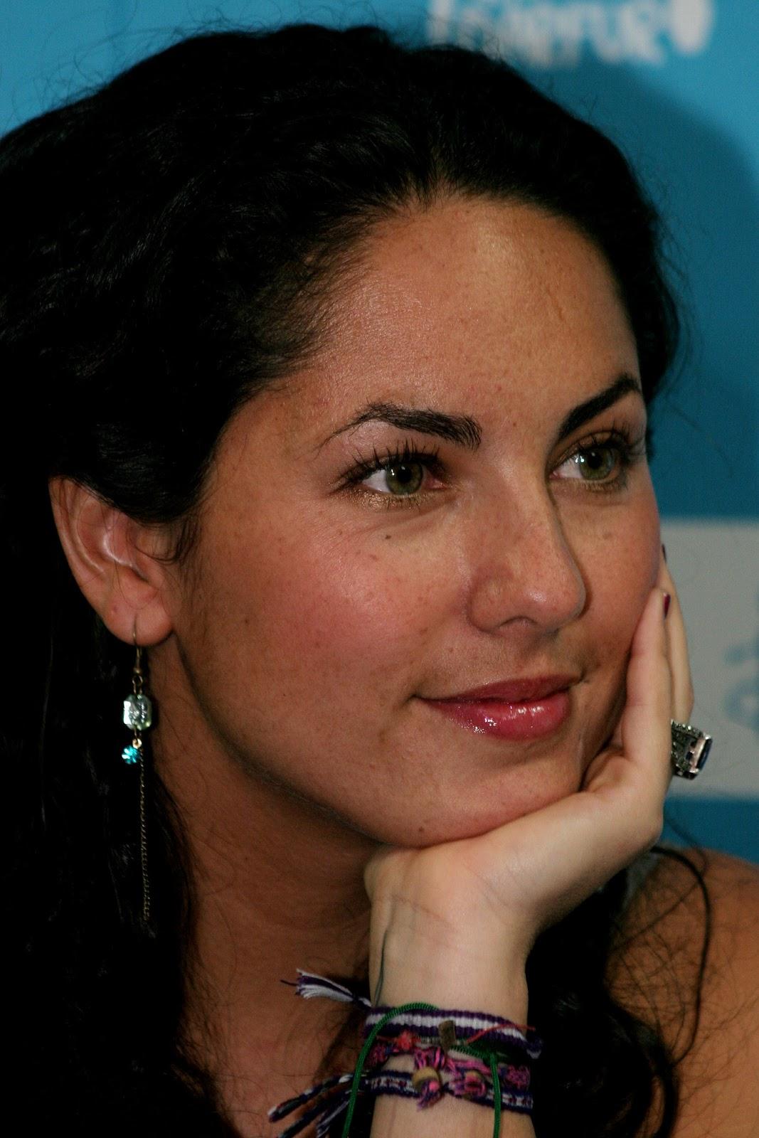 ... estamos com saudades de ver a eterna Rubi novamente em uma telenovela