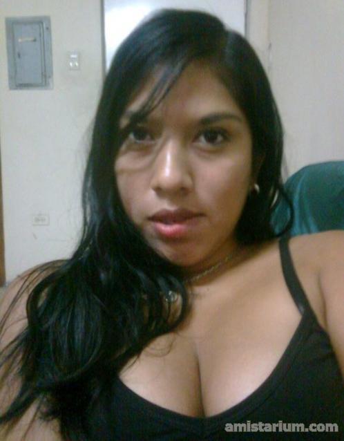 Amistad Con Chica Guapa De Ecuador