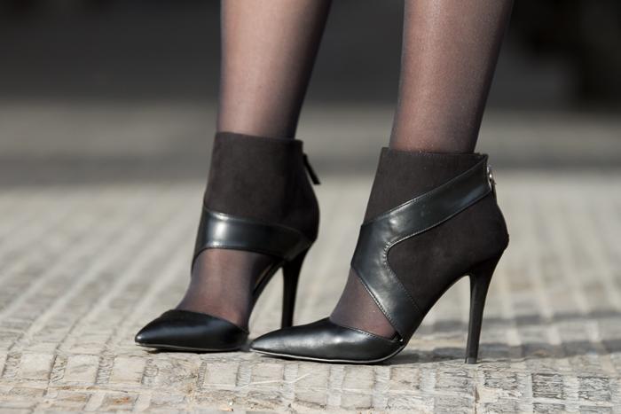 Botines asimétricos recortados zapato salón abotinado/ Asymmetrical Ankle Boots: Zara