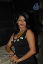 Nadeesha-hot-Srilankan-Actress-images-2