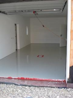 was tut sich auf malzers baustelle der garagenboden ist fertig. Black Bedroom Furniture Sets. Home Design Ideas