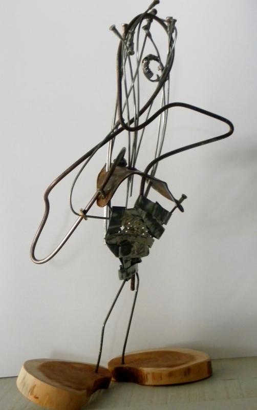 Goliath recyclage artistique sculpture métal et bois par Ama