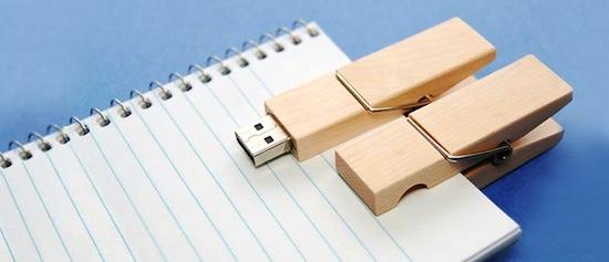 Woodsman Clip USB