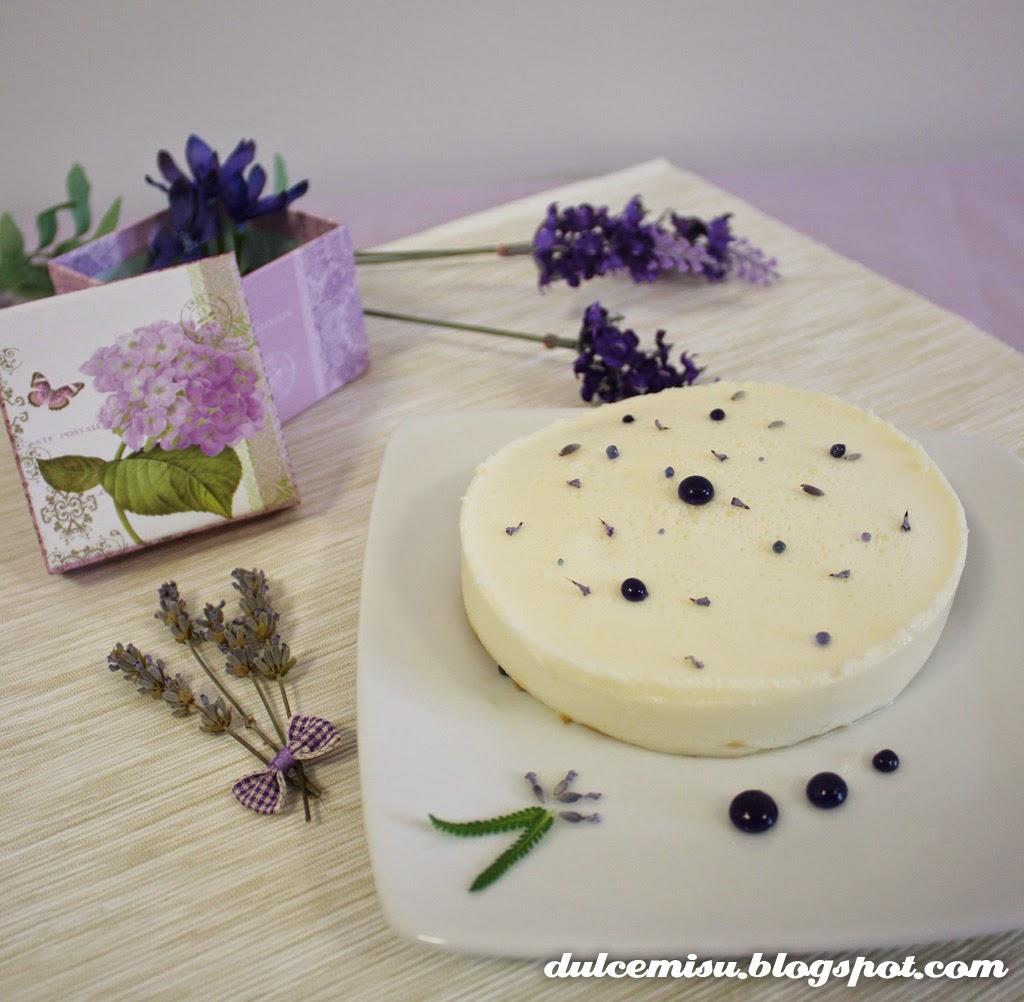 tarta fresca, mozarella, lavanda, esferificación, galleta, sin azúcar, postre, dulce, dulcemisu, decoración